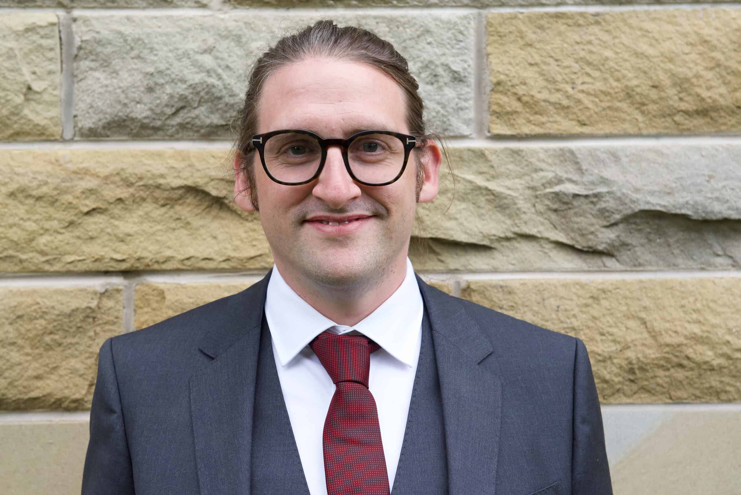 Jonathan Scott - Total Compliance